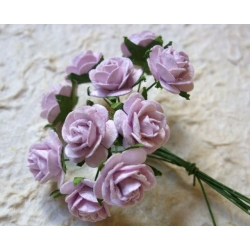 Fialové růžičky na drátku