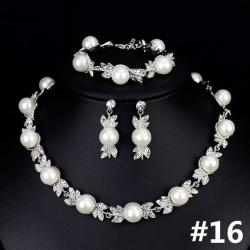 Exkluzivní svatební souprava s perlami a zirkony